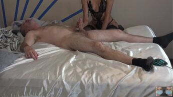 Pussy Slide Handjob and Blowjob 4K